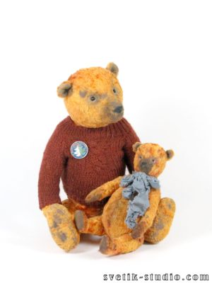 Teddy bears Henry and Fint
