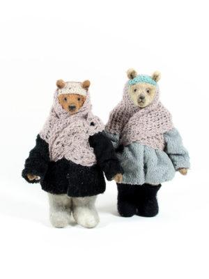 Teddy bears Olya and Kolya